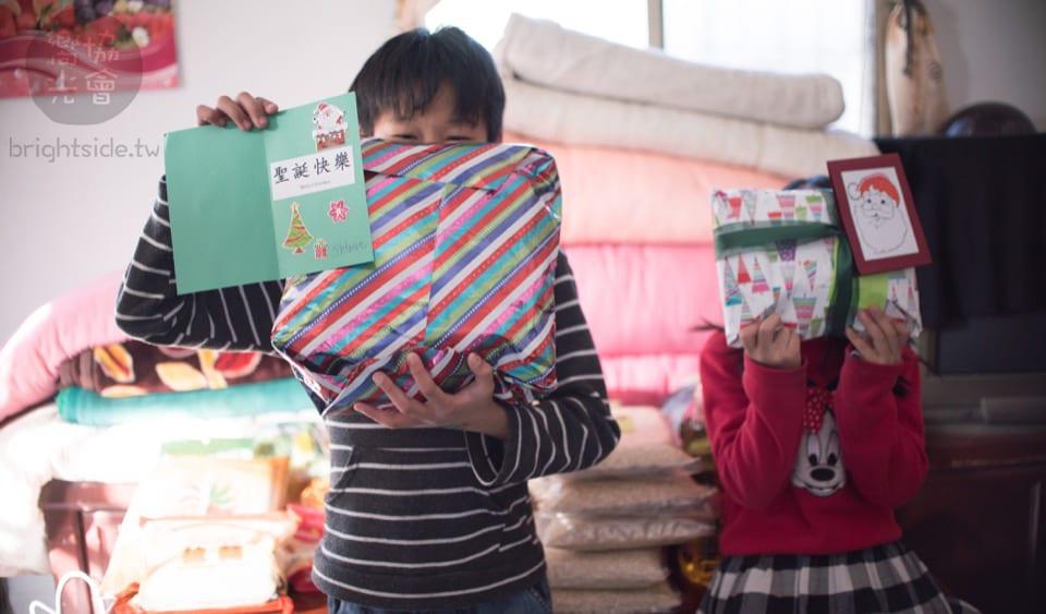活動報告 : 2017 12/20  聖誕佳欣的麋鹿專送團隊 Santa Jia-Xin Gift & Necessities Delivery